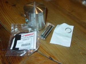 Wiseco piston kit (1)