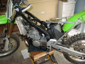 Installing engine (2)