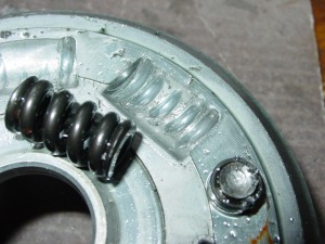 Bad clutch design (1)
